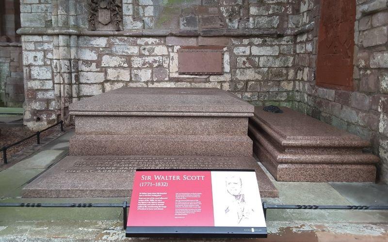 Sir Walter Scott grave