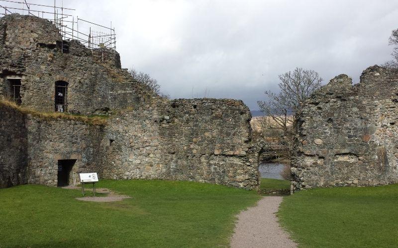 Inverlochy Castle inside